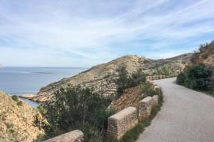 Ruta del Faro del Albir en el Parque Natural de la Serra Gelada.