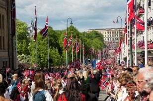 17 de mayo, Día de la Constitución de Noruega. Foto: Asgeir Helgestad/Artic Light AS/visitnorway.com.