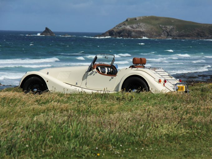 Morgan en la costa de Cornish. Foto: Morgan-hire.perranwell.co.uk.