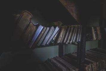 Libros de encargos.