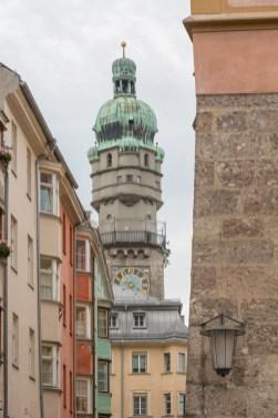 Torre de la ciudad (año 1450) tiene 31 m y, después de subir 133 escalones, tendrás una vista espectacular de la ciudad.