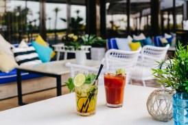 La terraza del Almirante es el meeting point de la playa de San Juan.