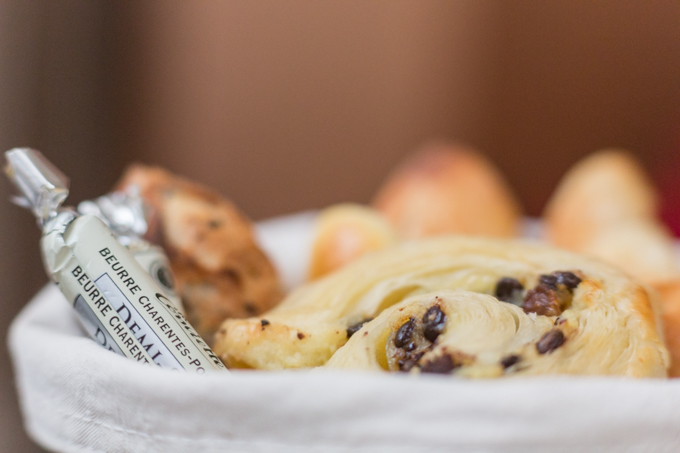 La mantequilla más exquisita de Francia y la viennoiserie (bollería) más rica de París.
