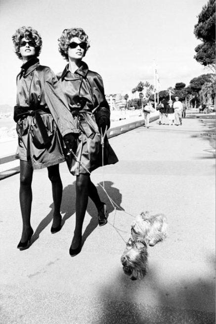 Ellen von Unwerth Dog Walkers, Cannes, 1990.