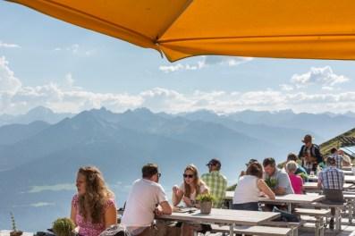 Terraza del restaurante Seegrube en Nordkette.