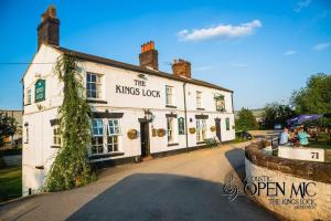 The Kings Lock Inn