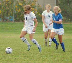 Girls_playing_Soccer