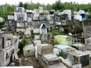 cemetery-tagbilaran-4