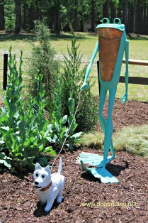 Myrtle Beach frog sculpture Brookgreen