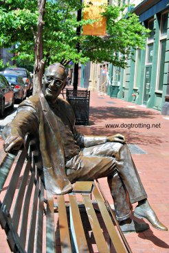 Statue of man seated on bench in downtown Louisville, Kentucky