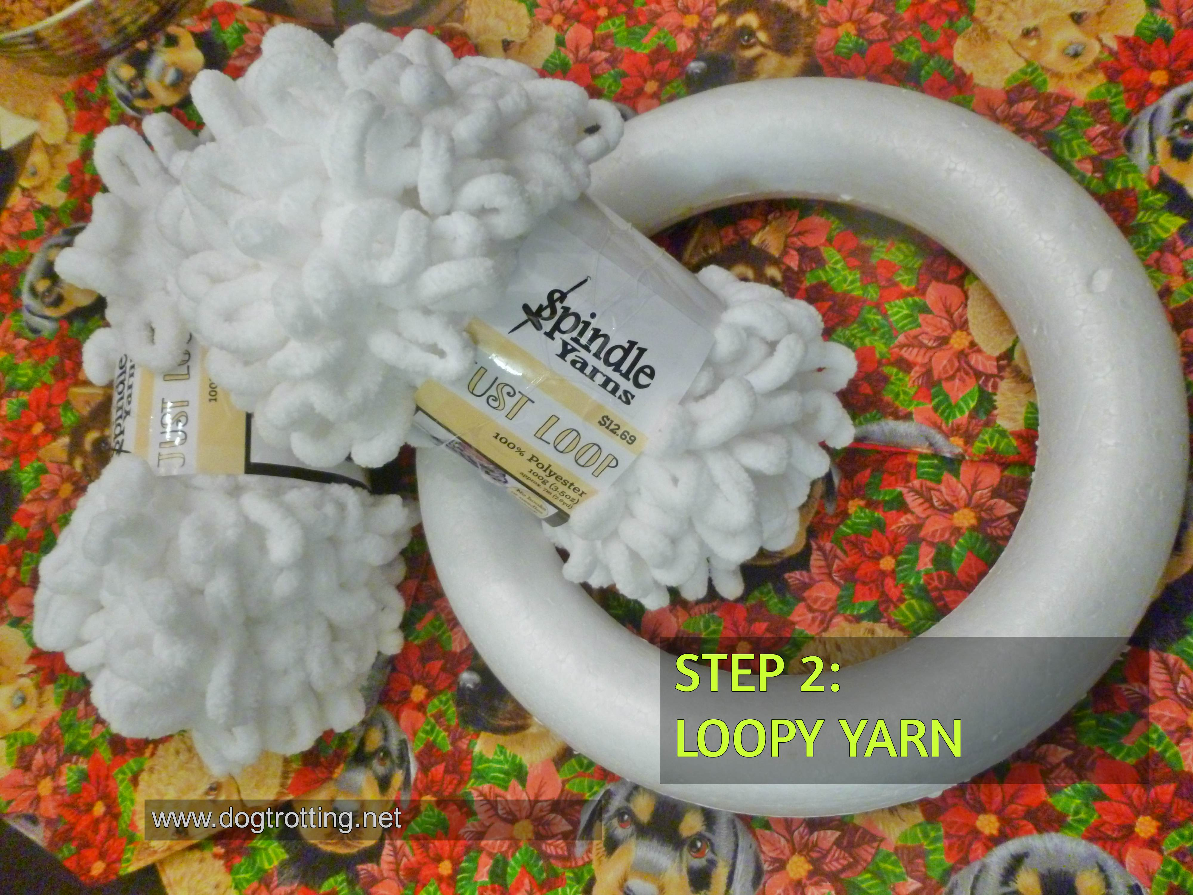 how to start the loopy yarn wreath