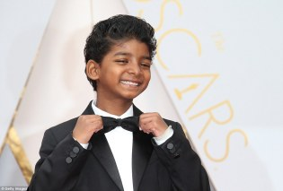 3dc95efd00000578-4278336-sunny_was_the_star_of_the_89th_academy_awards_in_los_angeles_on_-a-33_1488549822163