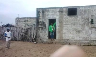 Côte D'ivoire, Le Dernier Bâtiment Colonial,lahou Kpanda, Emporté, Mer