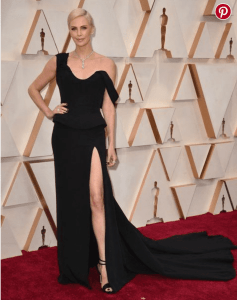 CHARLIZE THERON EN DIOR COUTURE doingbuzz