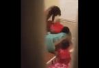 Il surprend et filme sa femme entrain de s'faire mettre côté de son fils en pleure