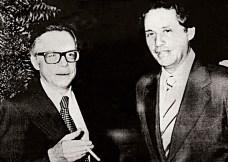Wilson Figueiredo ao lado do então Senador Fernando Henrique Cardoso, em recepção na casa de José Antonio do Nascimento Brito na década de 1980.