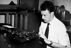 Wilson Figueiredo em seu primeiro emprego, na Folha de Minas, em 1953.