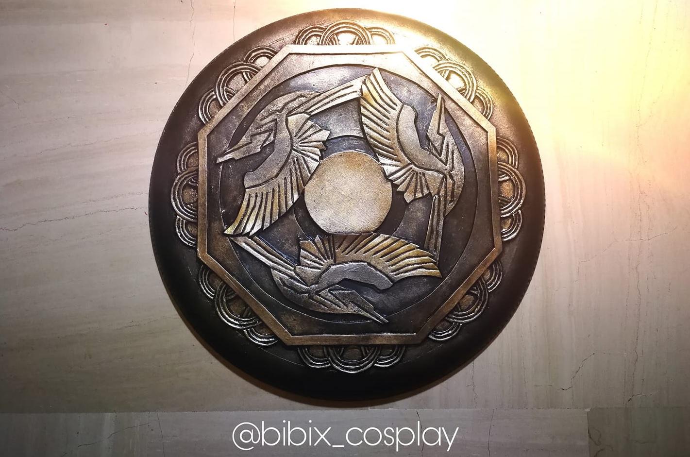 Come realizzare lo scudo della Regina Ippolita in un tutorial di Bibix Cosplay