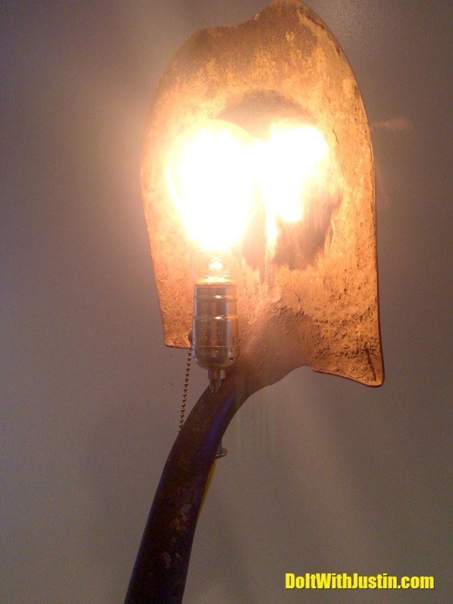 Shovel Lamp