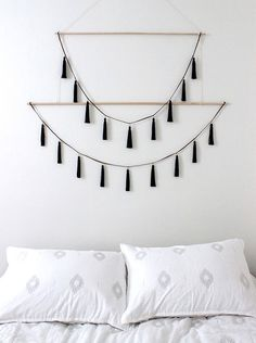 22 Best DIY Crafts for Bedroom Walls (22)