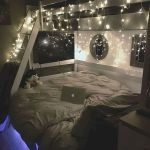 30 Beautiful DIY Bedroom Fairy Lights (20)