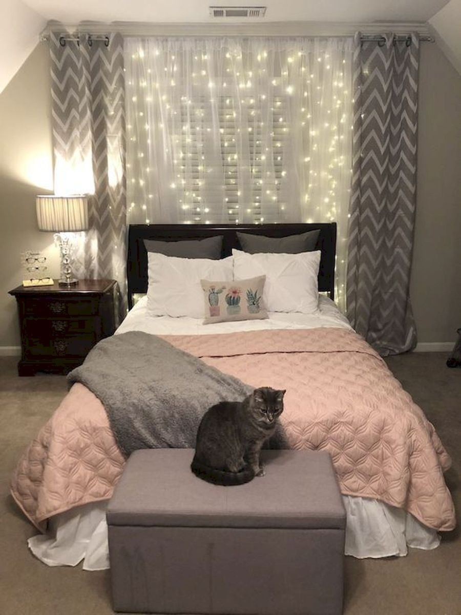 30 Beautiful DIY Bedroom Fairy Lights (21)