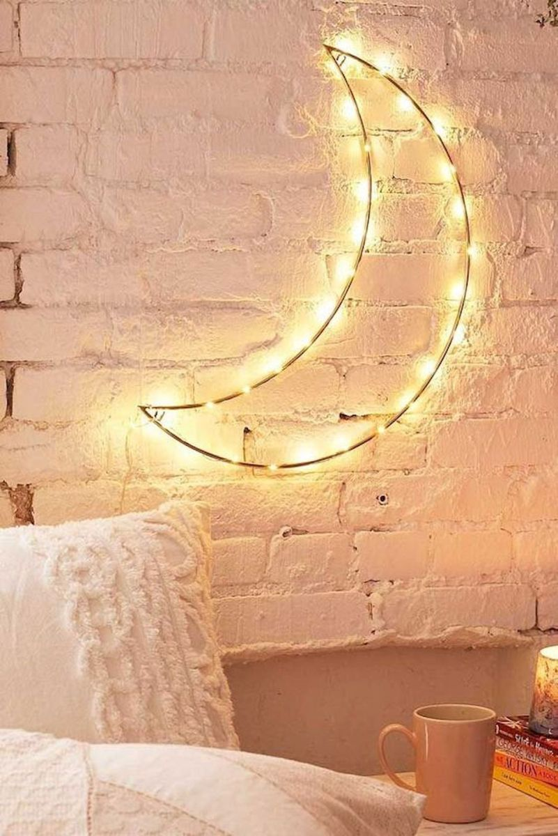 30 Beautiful DIY Bedroom Fairy Lights (28)