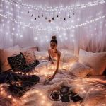 30 Beautiful DIY Bedroom Fairy Lights (29)