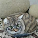 50 Best DIY Painted Rocks Animals Cats for Summer Ideas (44)