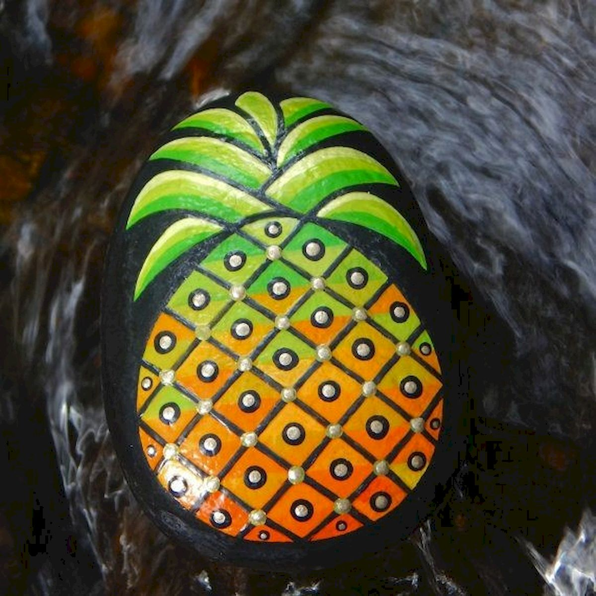 40 Awesome DIY Painted Rocks Fruits Ideas (35)
