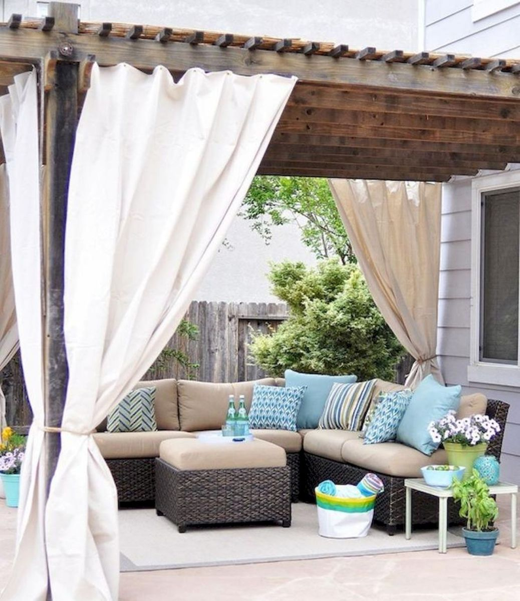 60 Awesome DIY Backyard Privacy Design and Decor Ideas (30)