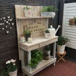 60 Awesome DIY Pallet Garden Bench and Storage Design Ideas (29)