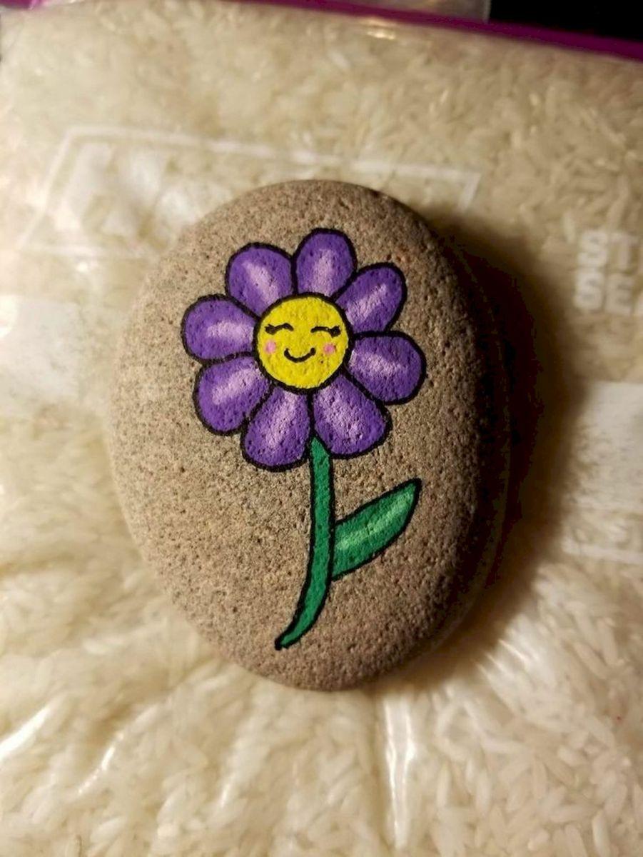 60+ Beautiful DIY Painted Rocks Flowers Ideas (17)