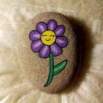 60+ Beautiful DIY Painted Rocks Flowers Ideas (17)
