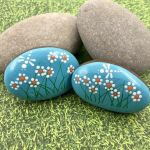 60+ Beautiful DIY Painted Rocks Flowers Ideas (28)