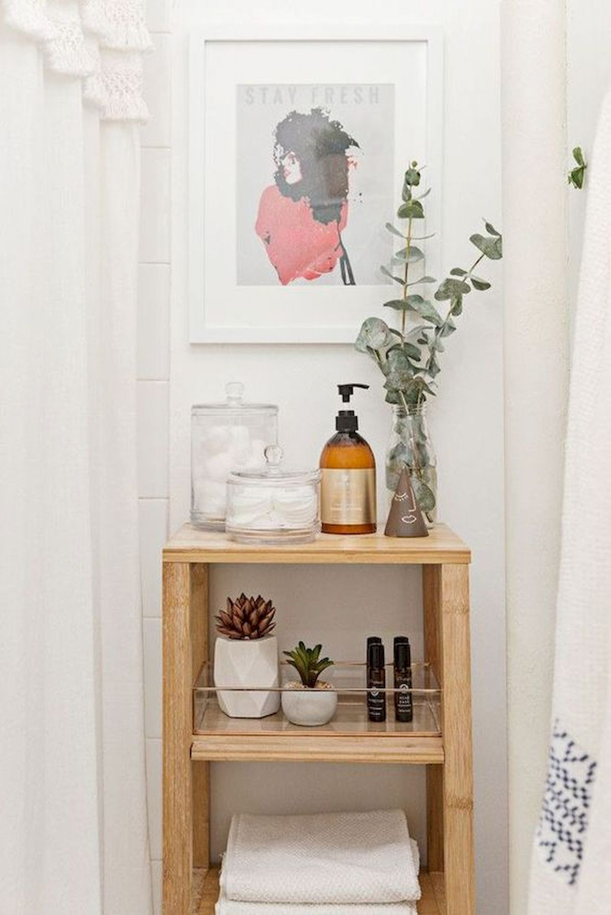 50 Best DIY Storage Design Ideas To Maximize Your Small Bathroom Space (40)