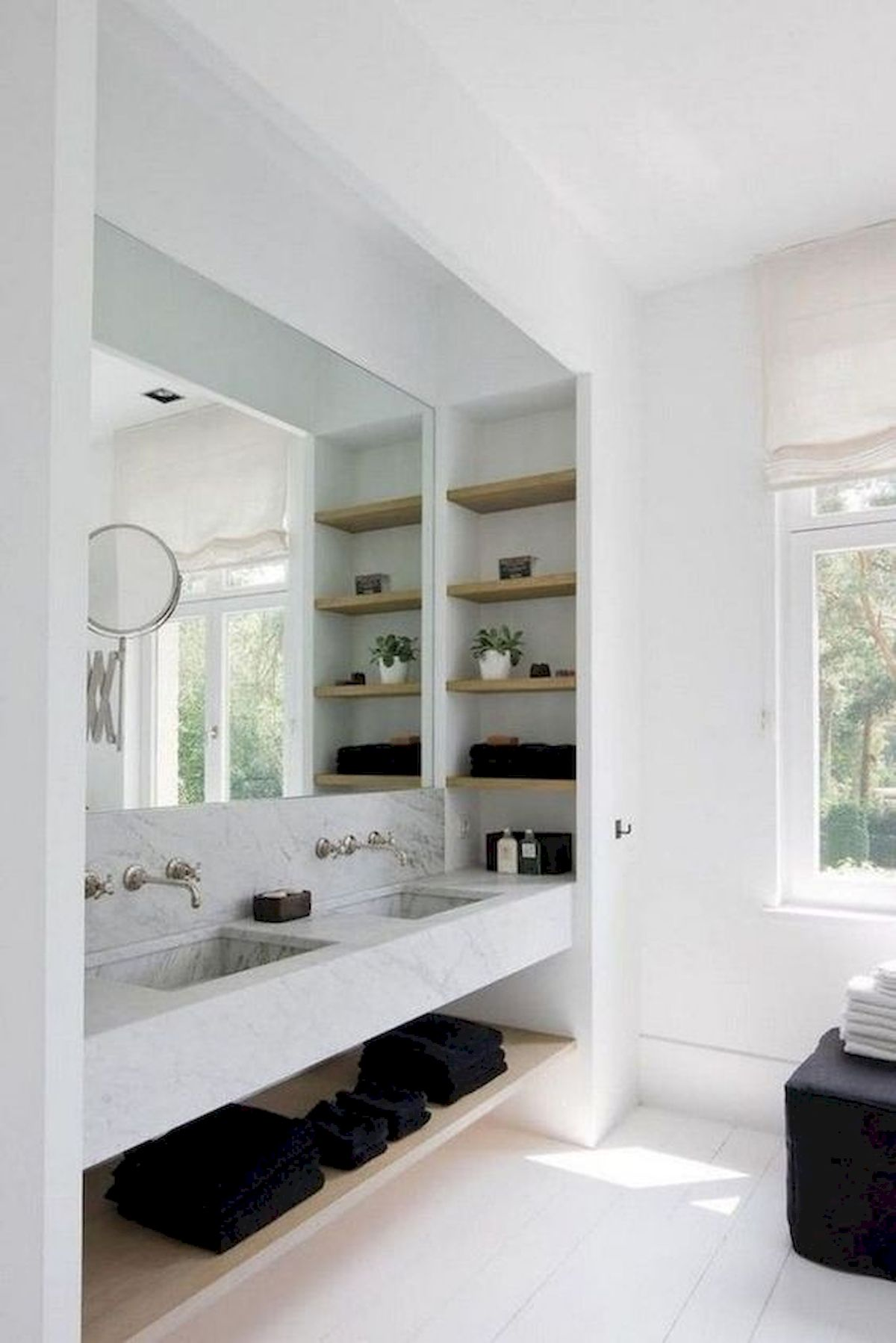 50 Best DIY Storage Design Ideas To Maximize Your Small Bathroom Space (6)