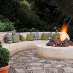 60 Amazing DIY Outdoor And Backyard Fire Pit Ideas On A Budget (36)
