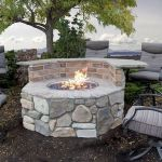 60 Amazing DIY Outdoor And Backyard Fire Pit Ideas On A Budget (5)