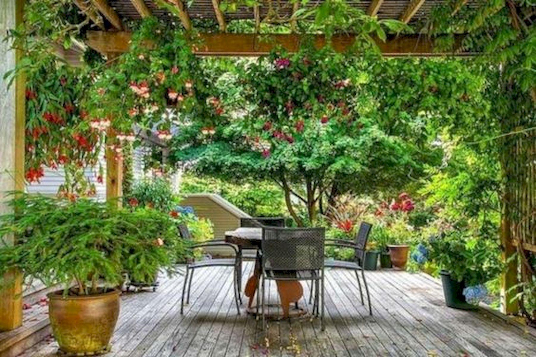 50 Awesome DIY Hanging Plants Ideas For Modern Backyard Garden (35)