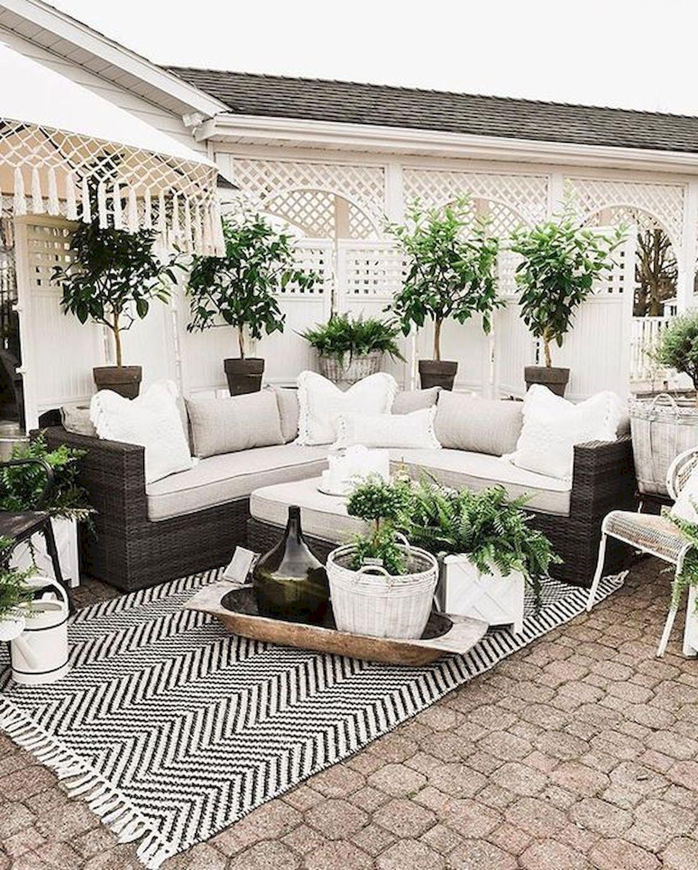 50 Awesome DIY Hanging Plants Ideas For Modern Backyard Garden (36)