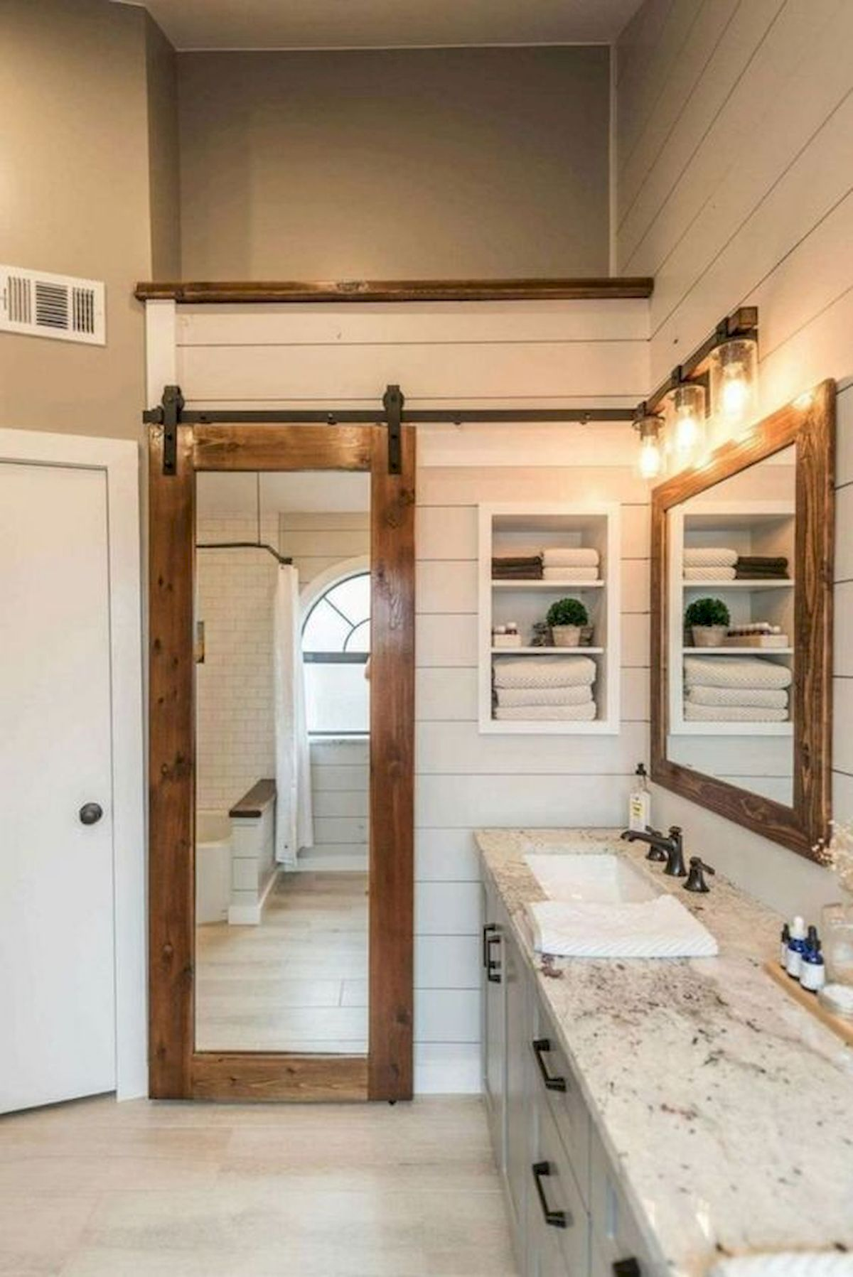 50 Fantastic DIY Modern Farmhouse Bathroom Remodel Ideas (32)