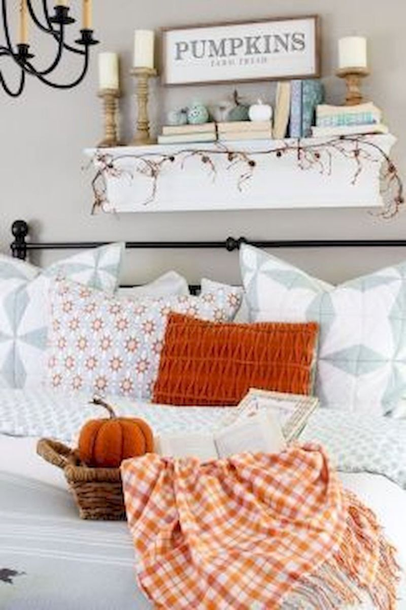 30 Awesome DIY Fall Decoration Ideas For Your Bedroom (2)