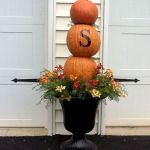 35 Beautiful DIY Fall Outdoor Decor Ideas You Will Like (20)