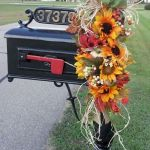 35 Beautiful DIY Fall Outdoor Decor Ideas You Will Like (5)