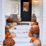 40 Fantastic DIY Fall Front Porch Decorating Ideas (21)