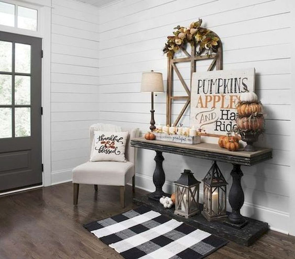 40 Gorgeous DIY Fall Decoration Ideas For Living Room (23)