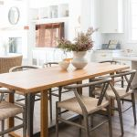 20 Beautiful Farmhouse Dining Room Table Decor Ideas and Remodel (14)