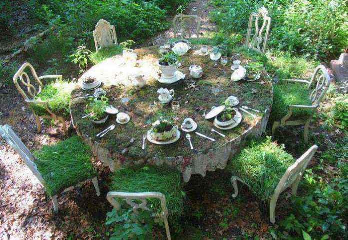 image14-15 | Как украсить сад с помощью старой мебели