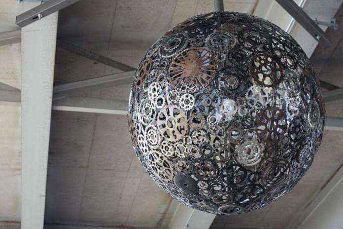 image41-1 | 25 самых необычных ламп и светильников
